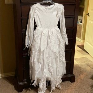 Chasing Fireflies Costumes - Girls White Witch Costume. EUC